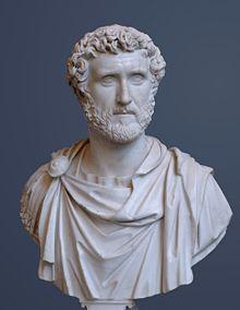 220px-Antoninus_Pius_Glyptothek_Munich_337_cropped